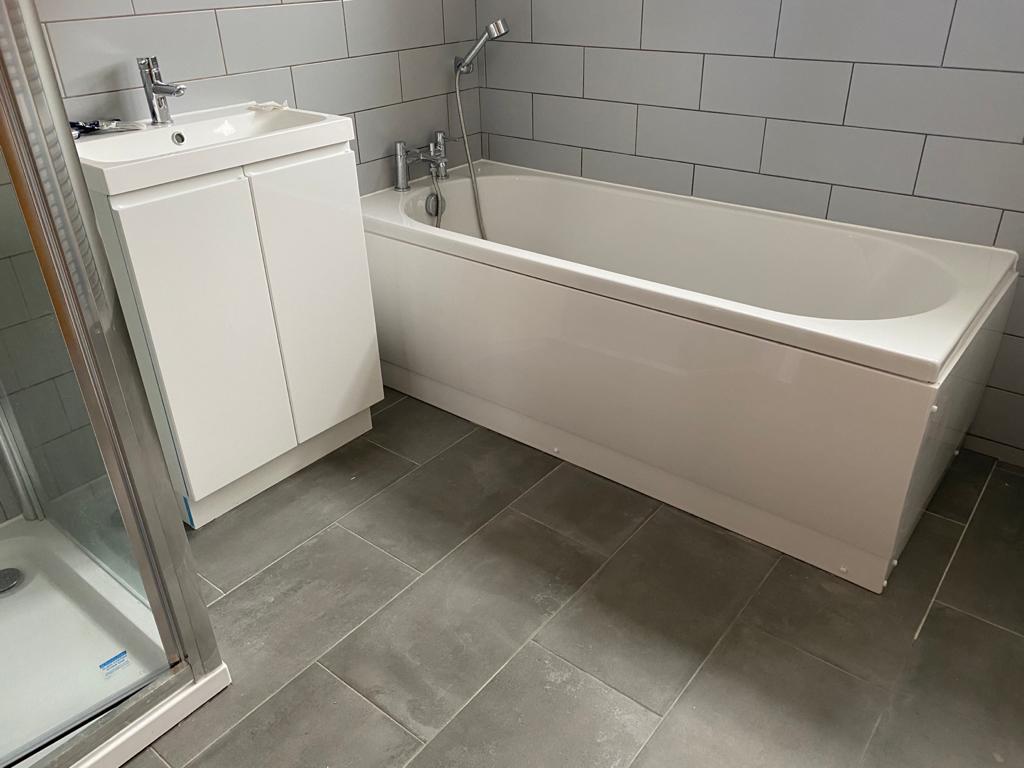 New bathroom suite including tiling Thatcham
